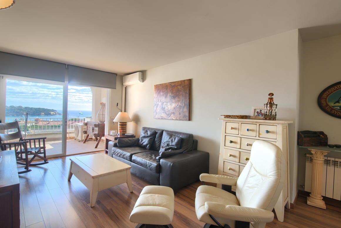 Apartamento -                                       S´agarò -                                       2 dormitorios -                                       0 ocupantes